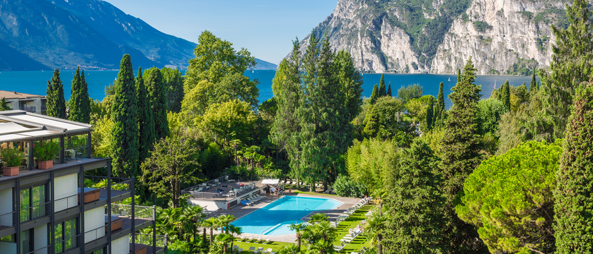 Hotel Du Lac and Du Parc Pool and Garden.jpg